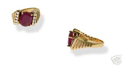 Estate 18K YG Ladies 3.06ct Ruby Diamond Ring